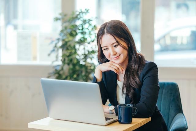 男性から職場の気になる女性にLINEを聞く方法!(連絡先交換)